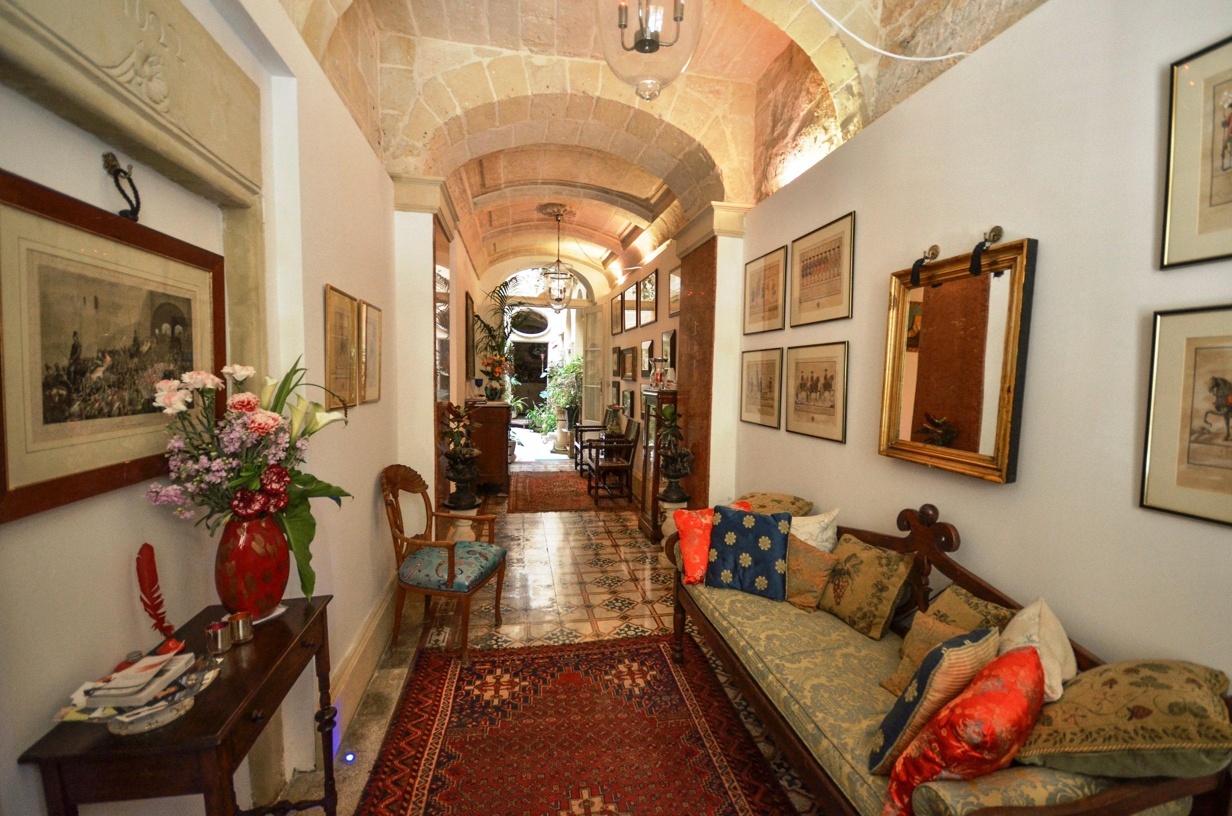 Palazzo Valletta Suites Luxury Apartment Specialist